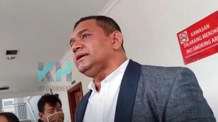 Pak Mark Sendiri yang Tidak Menghendaki Mark Sungkar Larang Anak-anaknya Menjenguk Kuasa Hukum